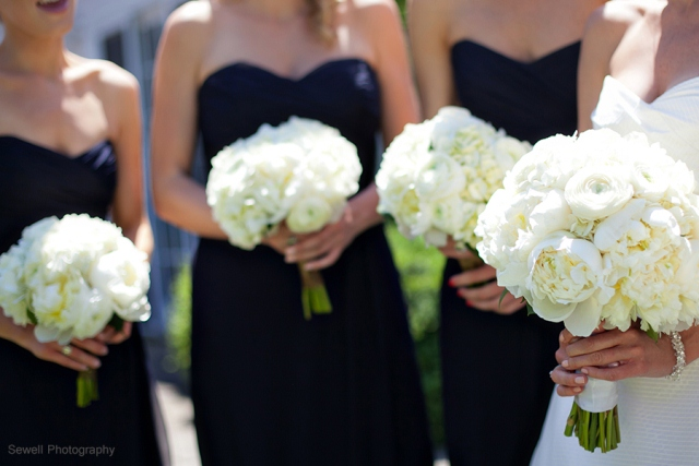 2navy white bridesmaid flowers