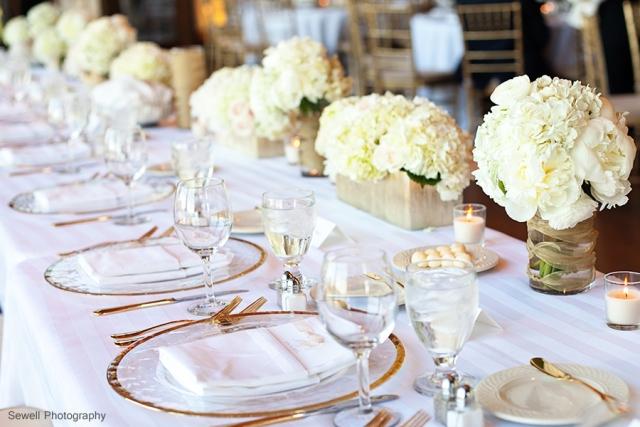 10head table flowers